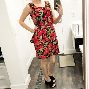 SAG HARBOR beautiful floral dress size 8